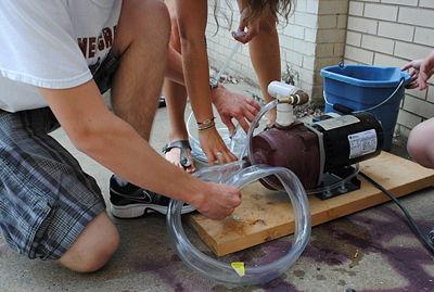 Water pump - DDL Wiki